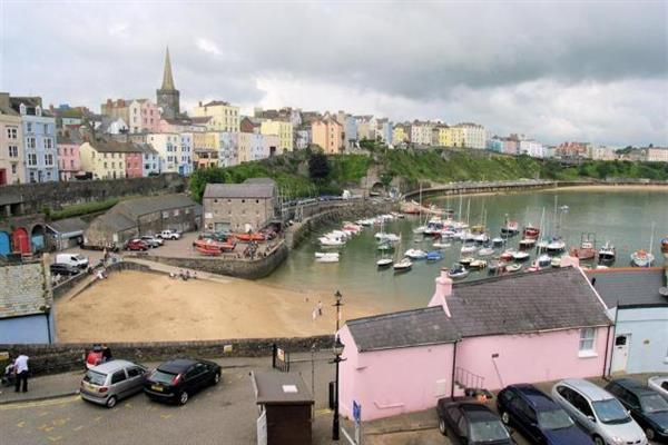 White House in Tenby
