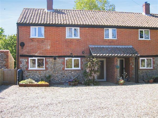 Whitehouse Farm Cottages - The Granary in Norfolk