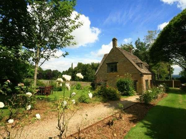 Windy Ridge Cottage in Gloucestershire
