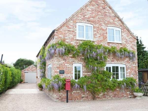Wisteria House in Lincolnshire