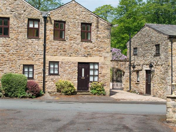 Wolfen Mill Country Retreats - Millers Den in Lancashire