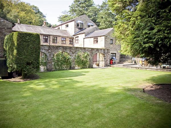 Wolfen Mill Country Retreats - Suttons Loft in Lancashire