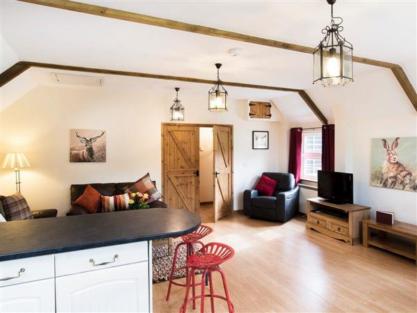 Wooladon Holiday Cottages - Pheasant Barn in Devon