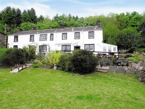 Wreay Farmhouse Ref 17337 In Watermillock Ullswater Pet Friendly Cottage Weekend And Short Breaks At Holiday Cottages In Cumbria