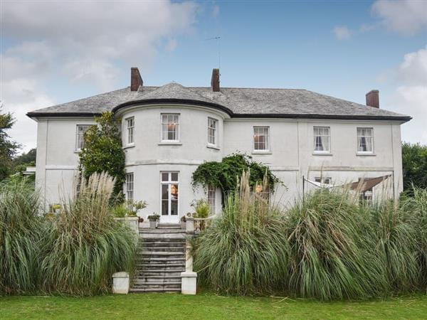 Yealmpton Villa from Cottages 4 You