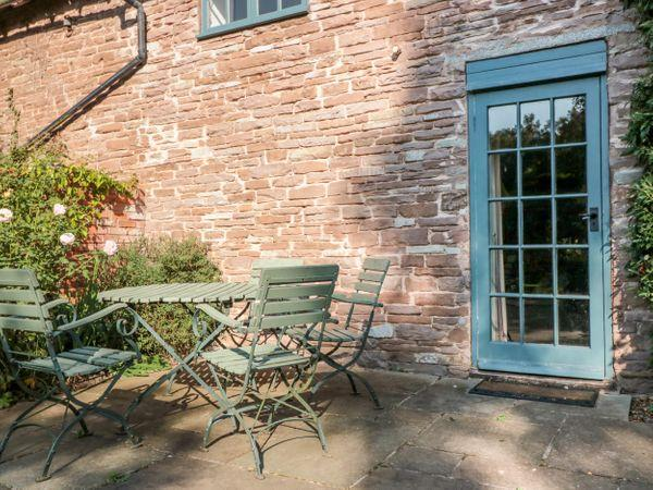 Yew Tree Cottage in Herefordshire