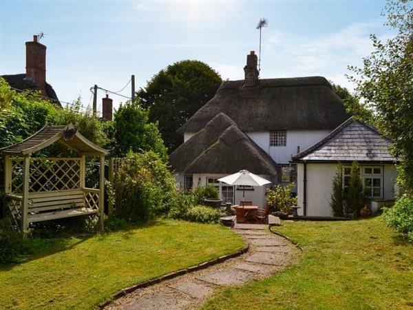 Yew Tree Cottage in Farnham, near Blandford Forum, Dorset