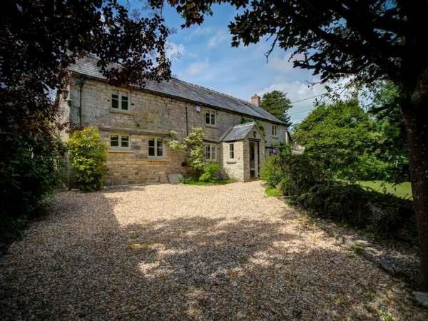 Yew Tree Cottage in Gloucestershire